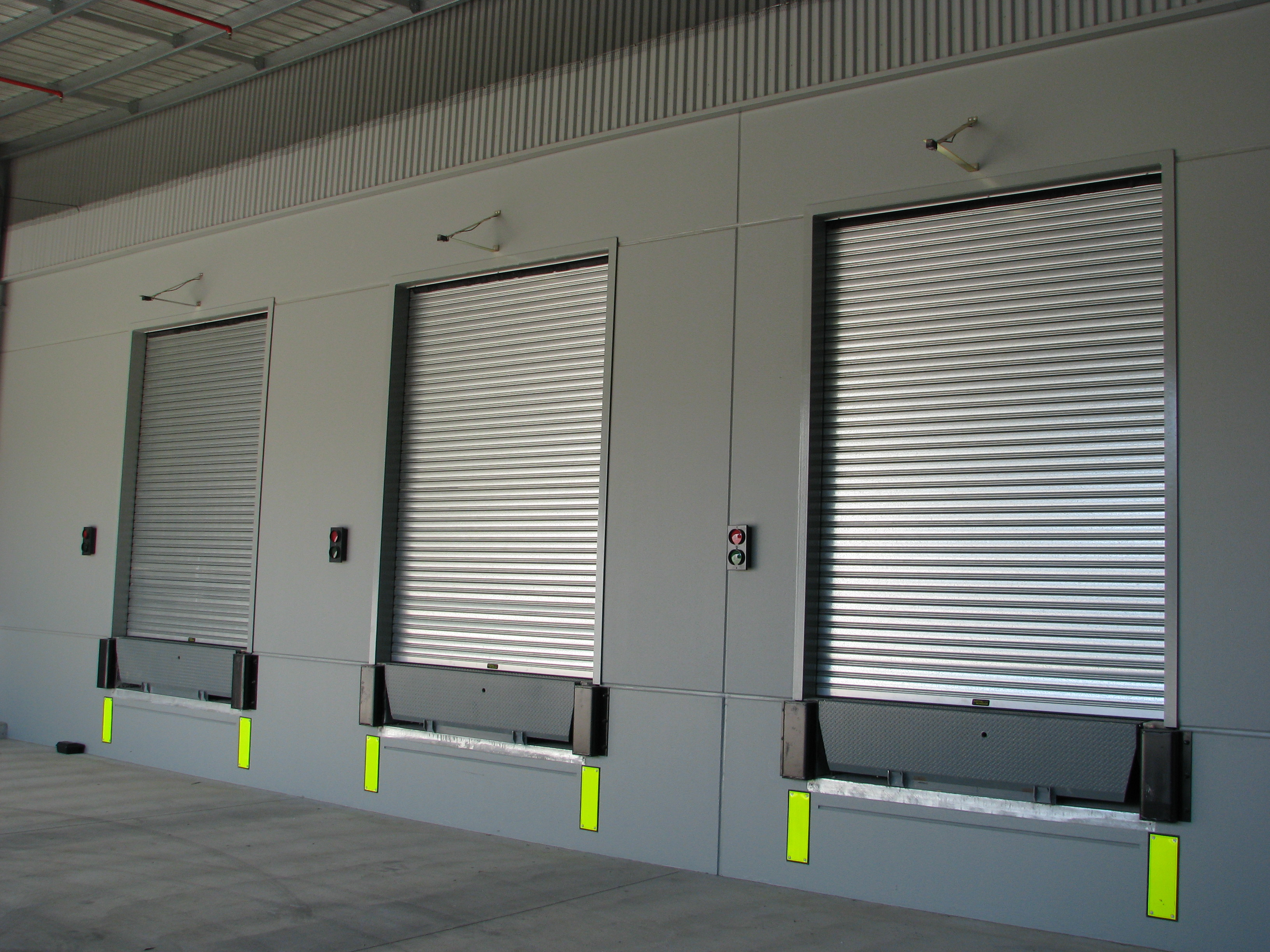 Exterior: S75 Steel Roller Shutter (Low Cycle)